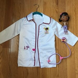 Doc McStuffins Lab Jacket With Toys.  Size 4 to 6